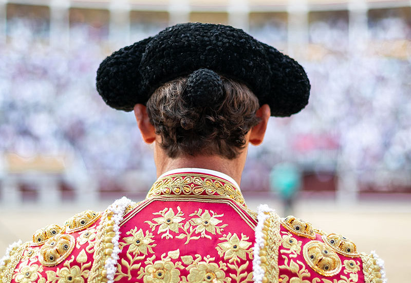 experiencia-taurina-VIP. VIP Bull experience in Spain. Visit a Bull farm and get to know a famous torero.