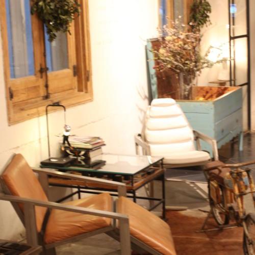 Tiendas-viantage-y-de-diseño-008-1000x1000